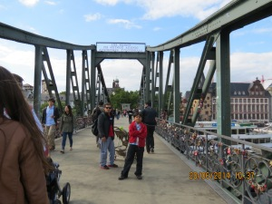 Frankfurt Lockbridge
