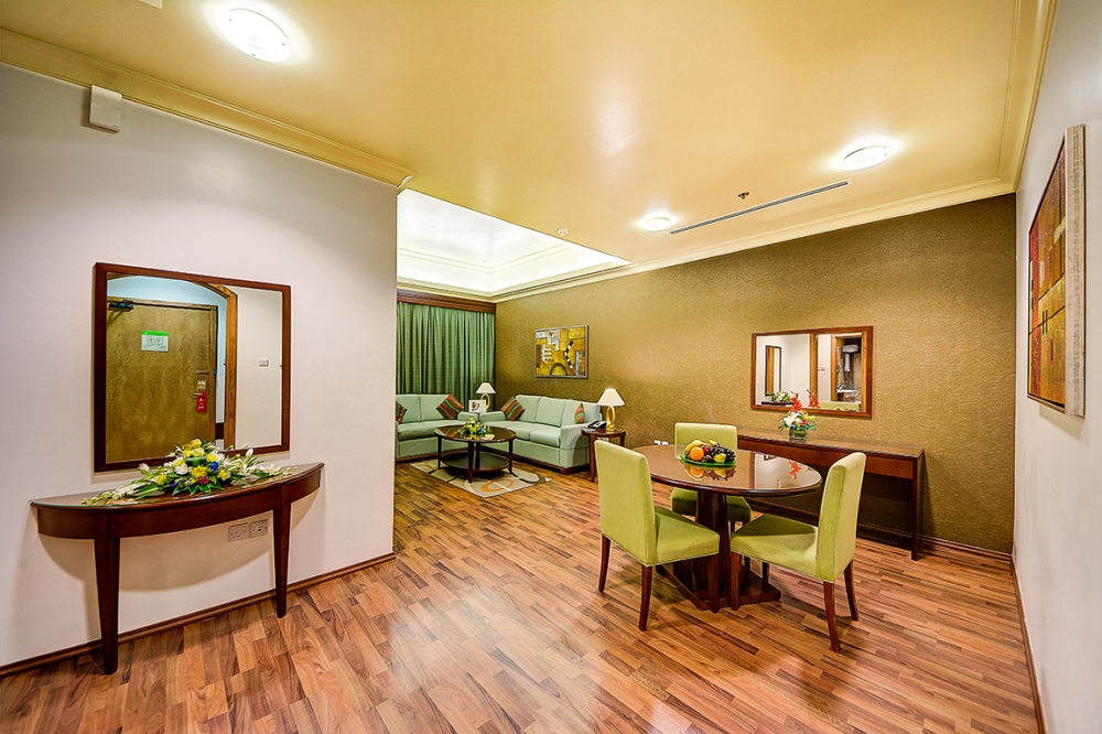 1 BR Living Room2.jpg
